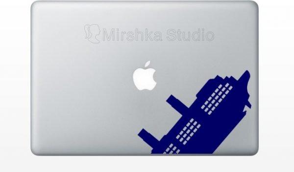 titanic laptop decor